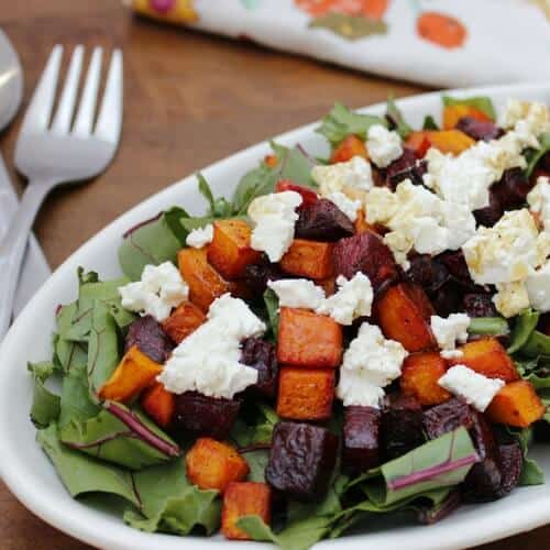 These healthy Thanksgiving recipes are simple and easy! Turkey, traditional sides, salad, and dessert... these ideas will inspire you!